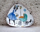 Vintage Enamel Dish Pin dish pretty lady illustration design French lady and baby pastel colours