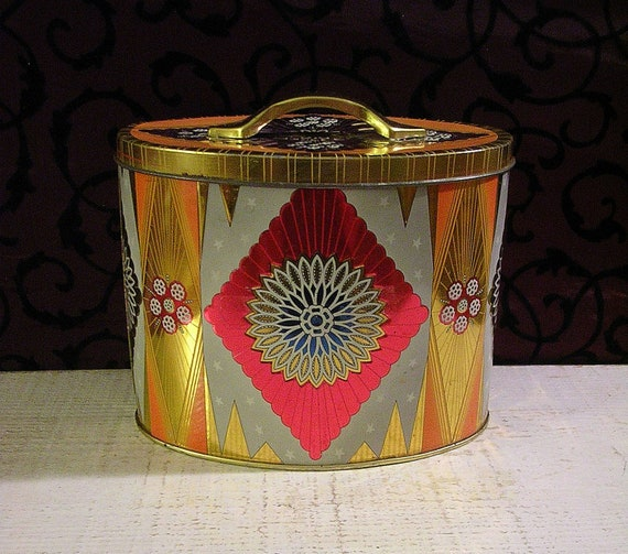 Vintage Tin Pink and Orange Delight - Beautiful Medallion Motifs with Embossed Details Made in England