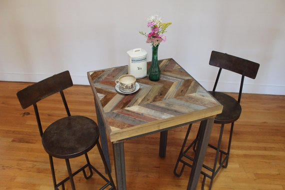 Chevron Reclaimed Pallet and Barn Wood Pub Bistro Kitchen End Table - Arrowhead