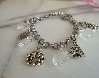 Christmas Charm Chainmail Bracelet
