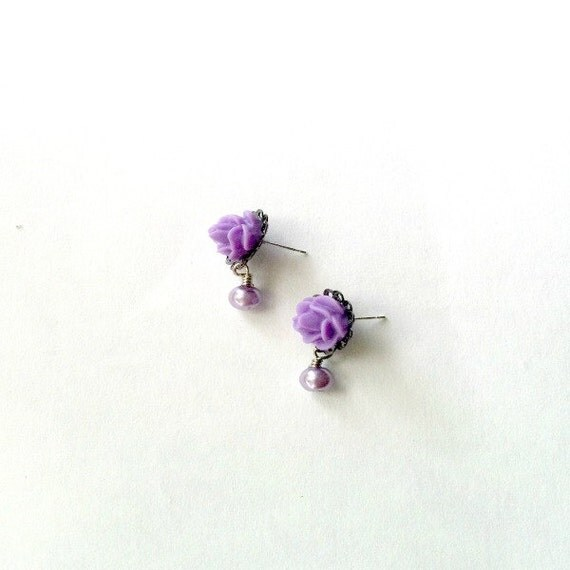 Lavender Rose Earrings matching dangling pearl Handmade Gift
