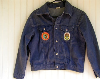 Vintage denim jacket boys early 70s cheap Jean Jacket w Groovy Patches boys size 18 (ladies S)