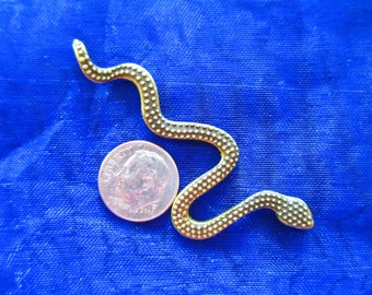 Snake with detail on top & bottom for jewelry making