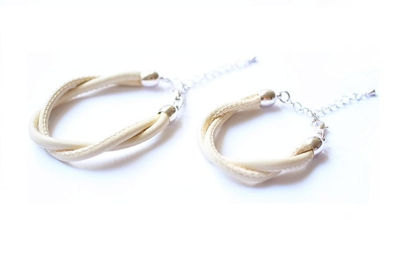 Creme leather bracelet pair, matching mother and daughter jewelry, baptism gift, babyshower gift, for new mothers, mother's day gift