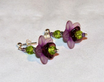Flower Earring, Post Earring, Drop Earring, Purple and Green Earring, Amethyst Earring
