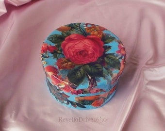Gift box with Victorian pictures, Rose, decoupage, jewelry box