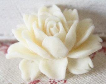 6 pcs of resin smaller size big rose cabochon-23x18x9mmRC0026-15 cream