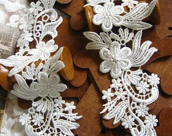 Ivory lace Applique,  venice Lace Applique, bridal headpiece applique, 2 pcs DGDH003B