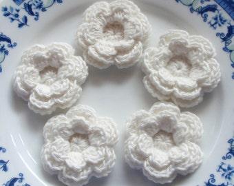 5 Crochet Flowers In Off White YH-102-01