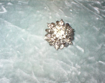 1940's Small Costume Jewelry Brooch