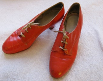 Vintage Orange Oxford Heels