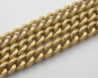 18x14mm Gold Pressed Grains Twisted Chunky Cable Aluminum Chain, Thread Dia. in 4mm, Open Link Chain, Pkg of 1m(1.1 yards.), N08Y.GO01.L1M