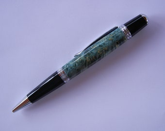 Sierra Pen - Boxelder Burl Dyed Green with Black and Chrome