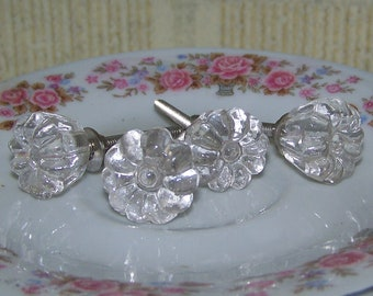 Vintage- Inspired Clear Glass Knob- Drawer Pull, Cabinet Knobs-This is for one knob