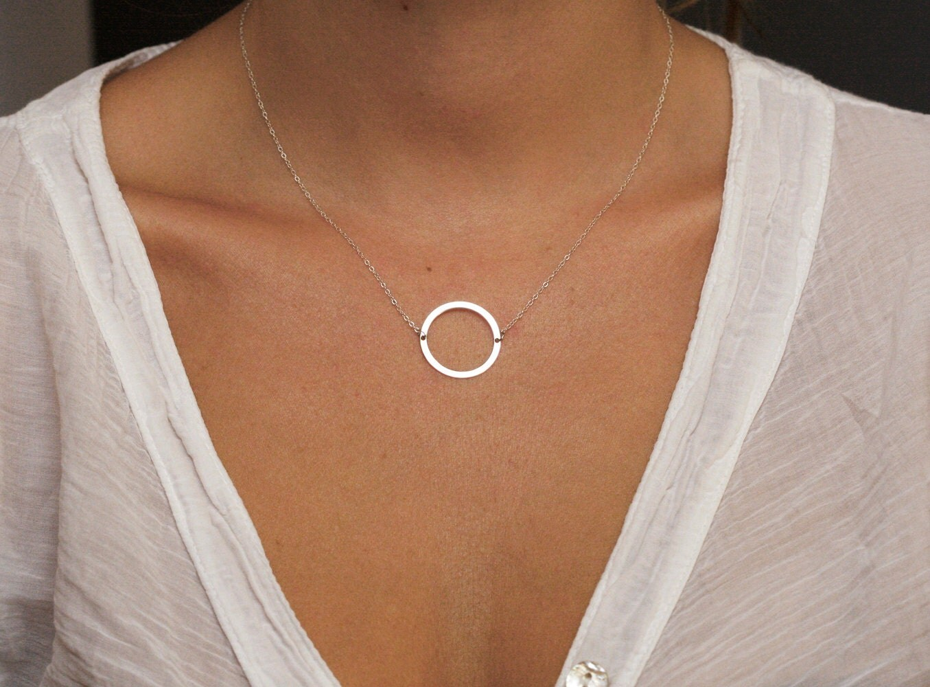 White gold everyday necklace
