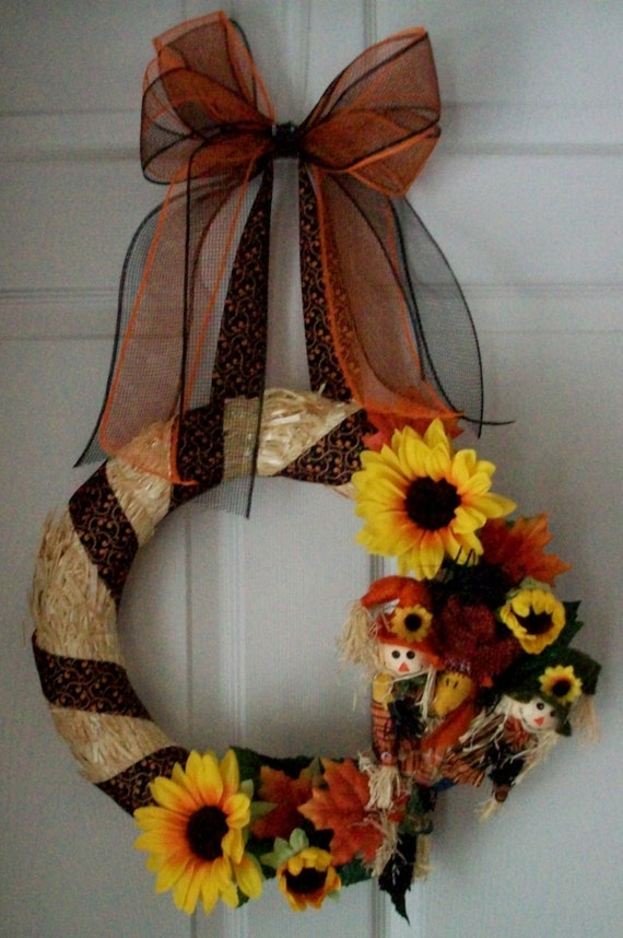Moving Sale 50% OFF...Fall Scarecrow Wreath...Straw...Deco Mesh