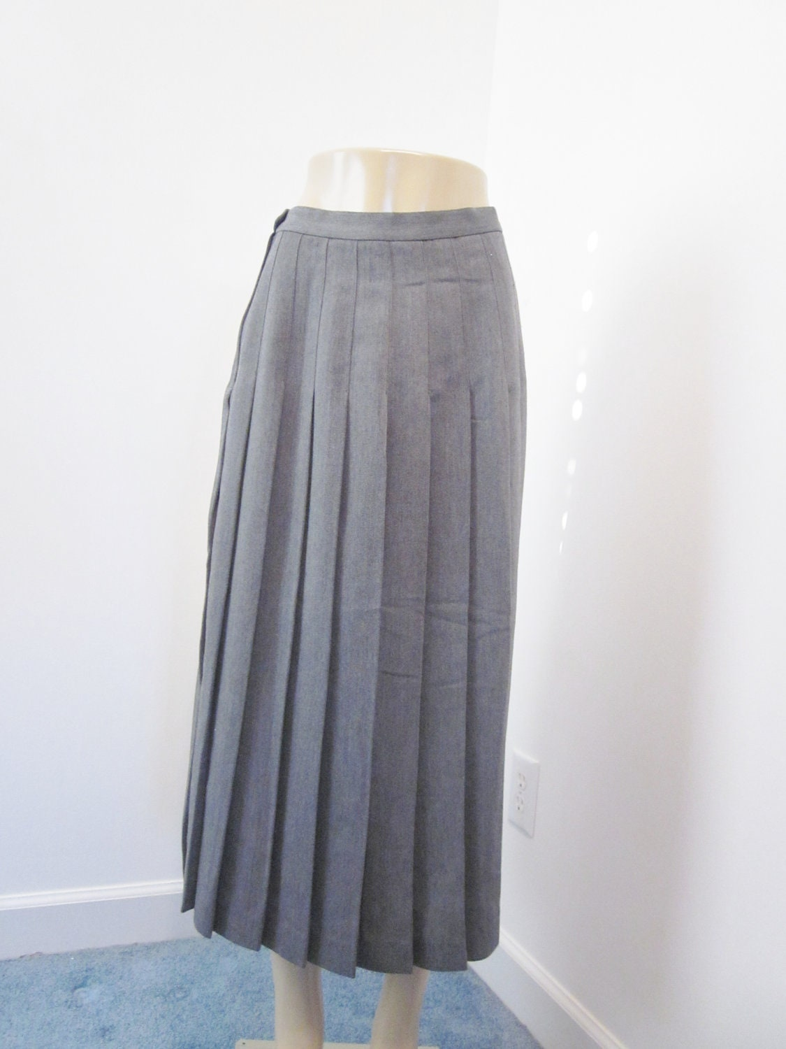 grey pleated skirt vintage 1970s pleated by