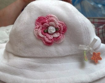 Girls Baby Infant Terry Hat Sunhat - Handmade Irish Rose -  White with Seashell Appliques - Sizes 0-3, 3-6, Months