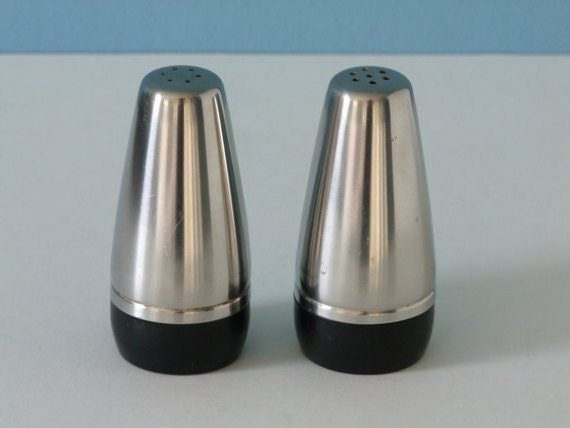 60s alessi alfra italy salt and pepper shaker by vintageplaza for Alessi salt and pepper shakers