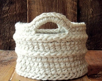 Crochet Basket in Biscuit (Small)