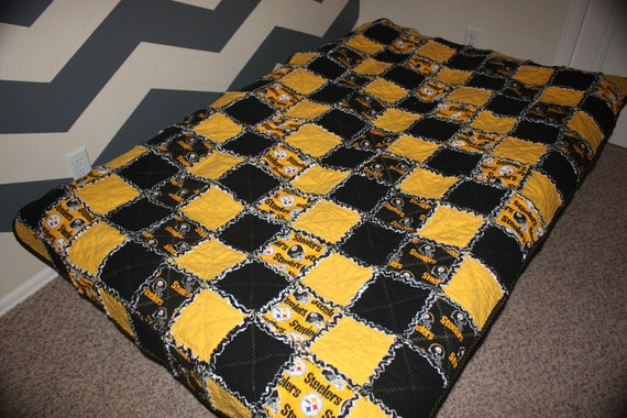 Items Similar To Pittsburgh Steelers Rag Quilt On Etsy