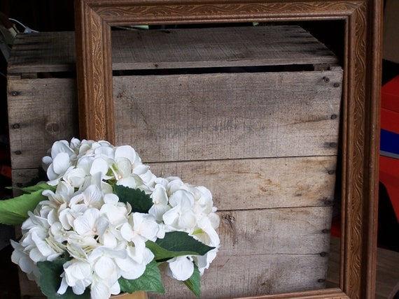 vintage wood wooden picture frame huge 16 x 20 ornate photo prop wall home decor shabby cottage