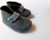 100% Pure Merino Wool Truly Eco-Friendly Baby Booties - Dark Grey and Peacock Blue Shoes - Custom colors available too :)