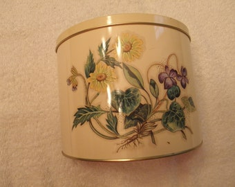 Handy Shaped Tin with Flowers
