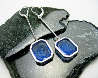 1930s French Art Deco Blue Crystal Cameos, Bezel Set as Earrings in 14K White Gold, Set Tampico S.F. 1980s
