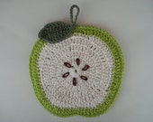 Apple Pot Holder crocheted in cotton - green cross-section