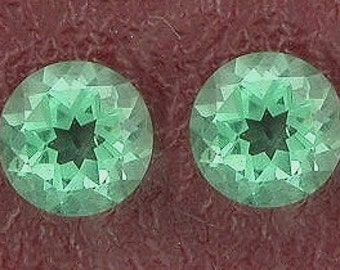 two 6mm round green quartz gem stone gemstone