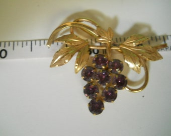 12K gold filled grape pin 1.5 inches