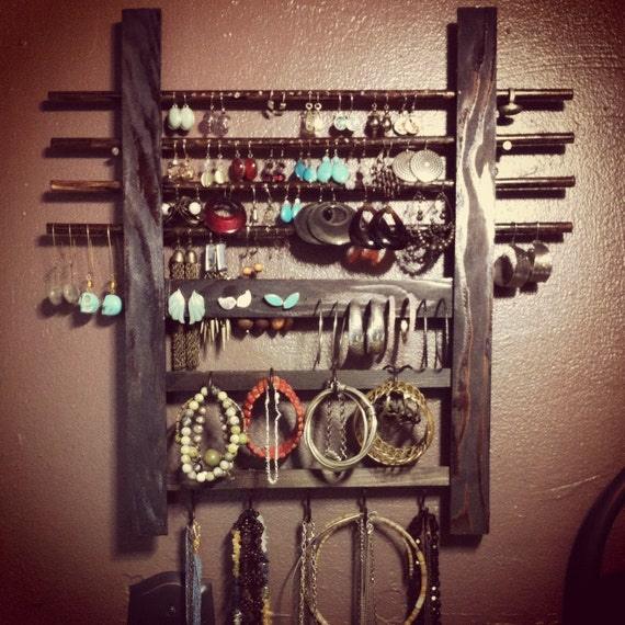 Wooden Jewelry Holder - Wall Hanging