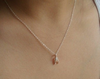 Sterling Silver Tiny Lucky Wishbone Necklace - Jennifer Aniston-Inspired