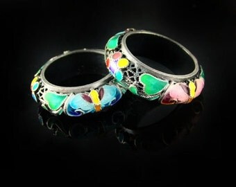 Pair of rings, Korean Chilbo(cloisonné) finished.