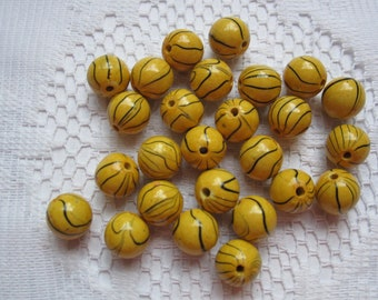 16 Yellow & Black Striped Round Acrylic Beads  10mm