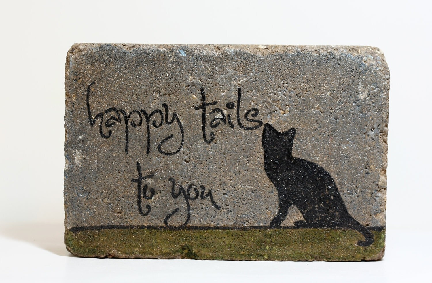 Happy tails to you rustic garden cat decor outdoor sign quote for Outdoor decorative signs