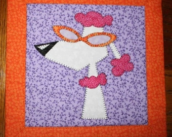 Pawnelope Poodle - Applique Wall Hanging