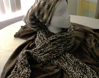 Best Pairing. Scarf and Slouchy beanie together.