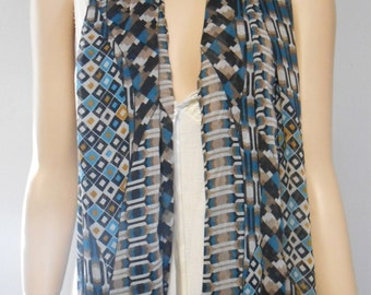 Fabulous Light and Sheer Long Neck Scarf Geometric Print