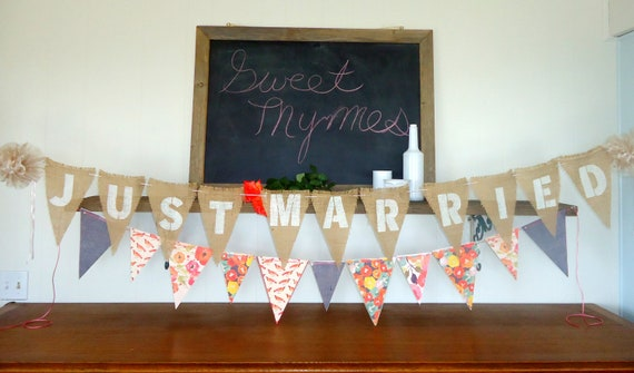 Just Married Triangle Burlap Wedding Banner Photo Prop Sign Garland Bunting with Pom Poms