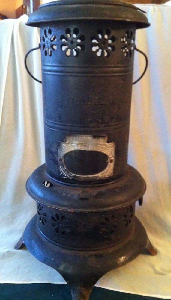 antique 1920 39 s tropical no 12 oil heat stove complete n. Black Bedroom Furniture Sets. Home Design Ideas