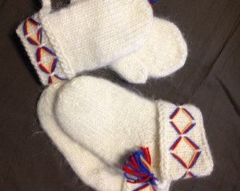 Cute genuine Lovikka socks for children. Very well made. According to swedish tradition. Handcraft