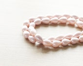 20 pcs of pale pink teardrop fresh water pearls, 14mm - AbsolutSupplies