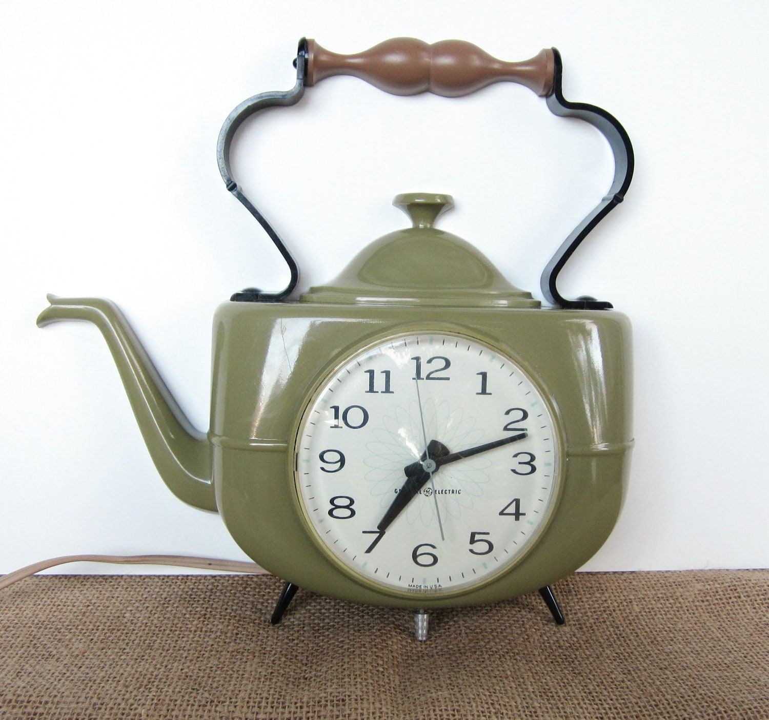 Retro Electric Kitchen Wall Clocks: Retro General Electric Wall Clock Teapot Or Tea Kettle