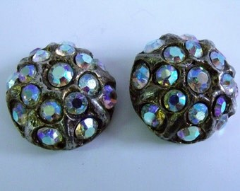 Button / Buttons /  Rhinestone / 2 Aurora Rhinestone / Irridescent / pair of 50s or 60s buttons