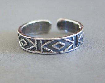 Adjustable Sterling Silver Toe Ring, Midi Ring, knuckle Ring.