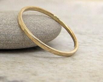 Thin Wedding Band Gold Wedding Ring 14k Hammered Gold Wedding Band Stackable Guard Ring