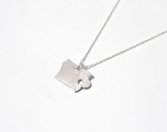 i heart Iowa Necklace - Silver Iowa State Necklace State Heart Charm Map Jewelry Iowa Pendant Handmade Jewelry IA Pendant Personalized