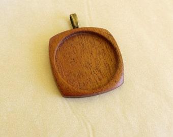 Large pendant tray setting fine finished - Mahogany - 38 mm cavity - (F0c-M) - Brass bail